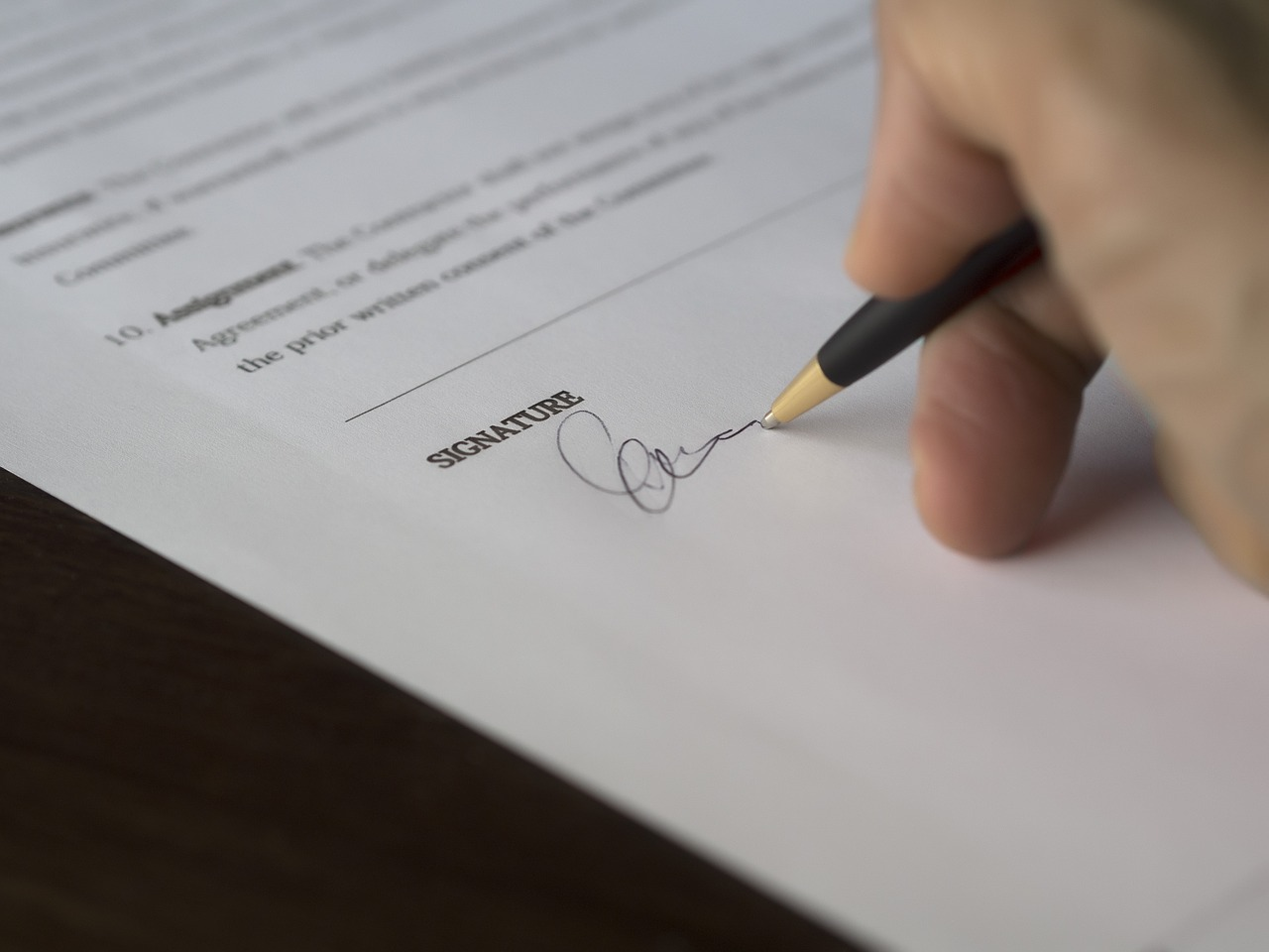 Výhody nebankovních půjček aneb proč to s nimi zkusit